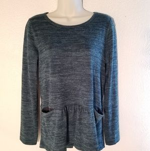 Lori goldstein pocket sweater nwot size small